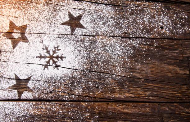 hausgemachtes weihnachtsgebäck. ansicht von oben - hausgemachte zuckerplätzchen stock-fotos und bilder