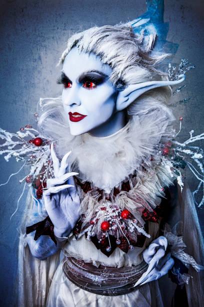 weihnachten-elfe - elfenkostüm damen stock-fotos und bilder