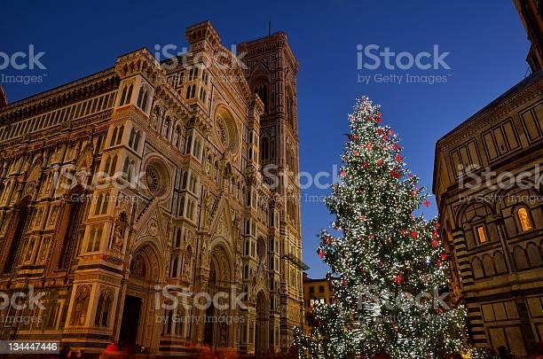 Christmas in florence picture id134447446?b=1&k=6&m=134447446&s=612x612&h=b vxhhncrxii4xegtzgeban2iepdp80qqx5758 vkoc=