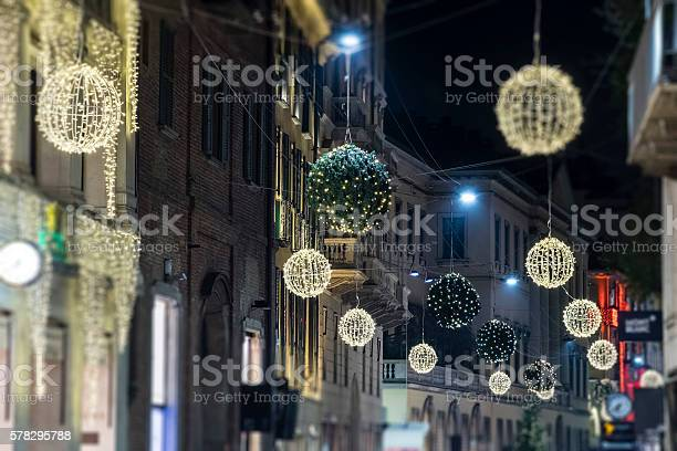 Christmas in milan italy picture id578295788?b=1&k=6&m=578295788&s=612x612&h=yh16nlz08veacbvtkniutxrz7 tshtiksuvqpuix sy=