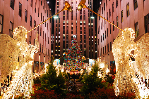 istock Christmas In New York 998886260