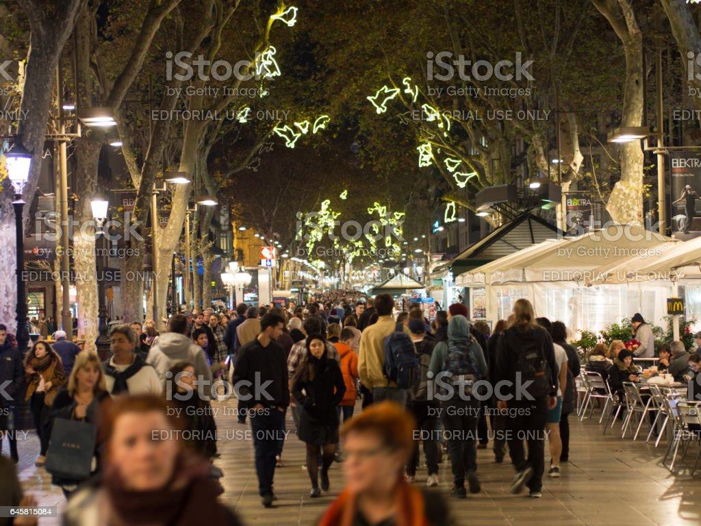 Weihnachten In Spanien Die Ramblas Nachts Zu Weihnachten Stock ...
