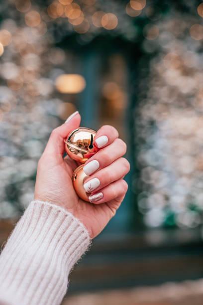 Weihnachts-inspirierten Maniküre – Foto