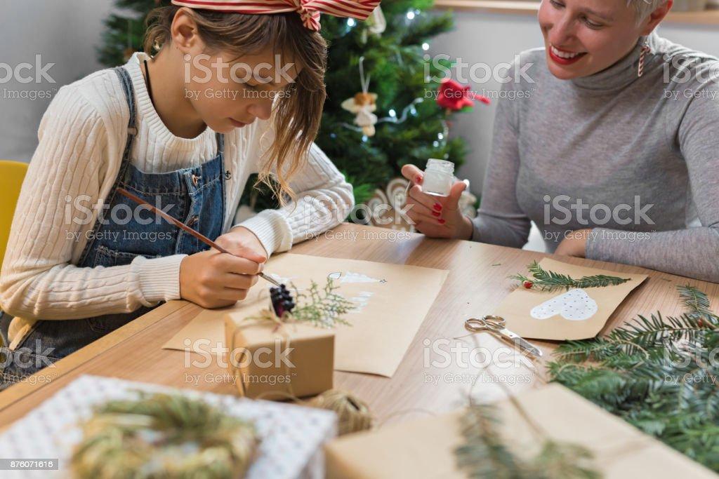 Weihnachten Geht Es Um Die Pflege Und Den Austausch Mutter Und ...