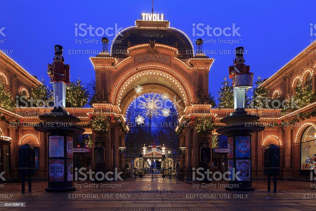 Natale luci lingresso principale di giardini di tivoli fotografie