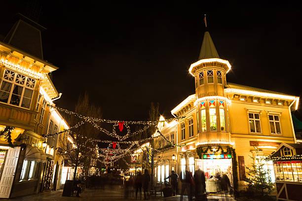 christmas lights in amusement park liseberg, gothenbur, sweden - liseberg bildbanksfoton och bilder