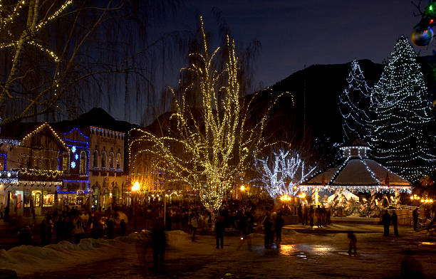 christmas lights in leavenworth - leavenworth washington stock photos and pictures