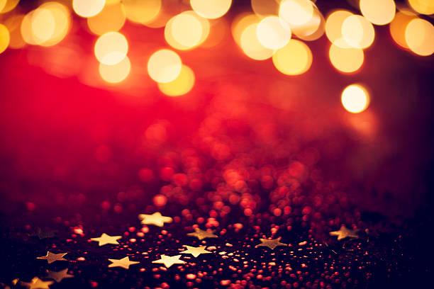 Luces de Navidad en rojo brillante de fondo Bokeh - foto de stock