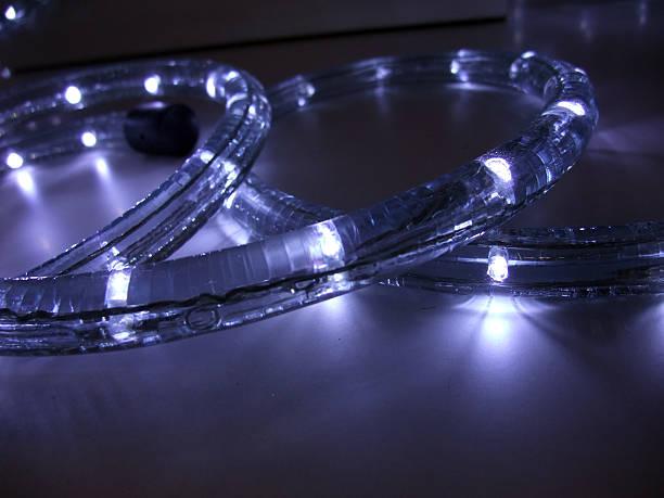 led-lichterkette - lichtschlauch stock-fotos und bilder