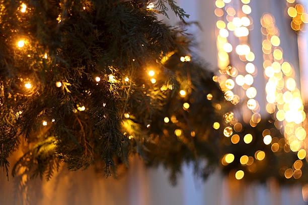 christmas lights  - adventgeschichte stock-fotos und bilder