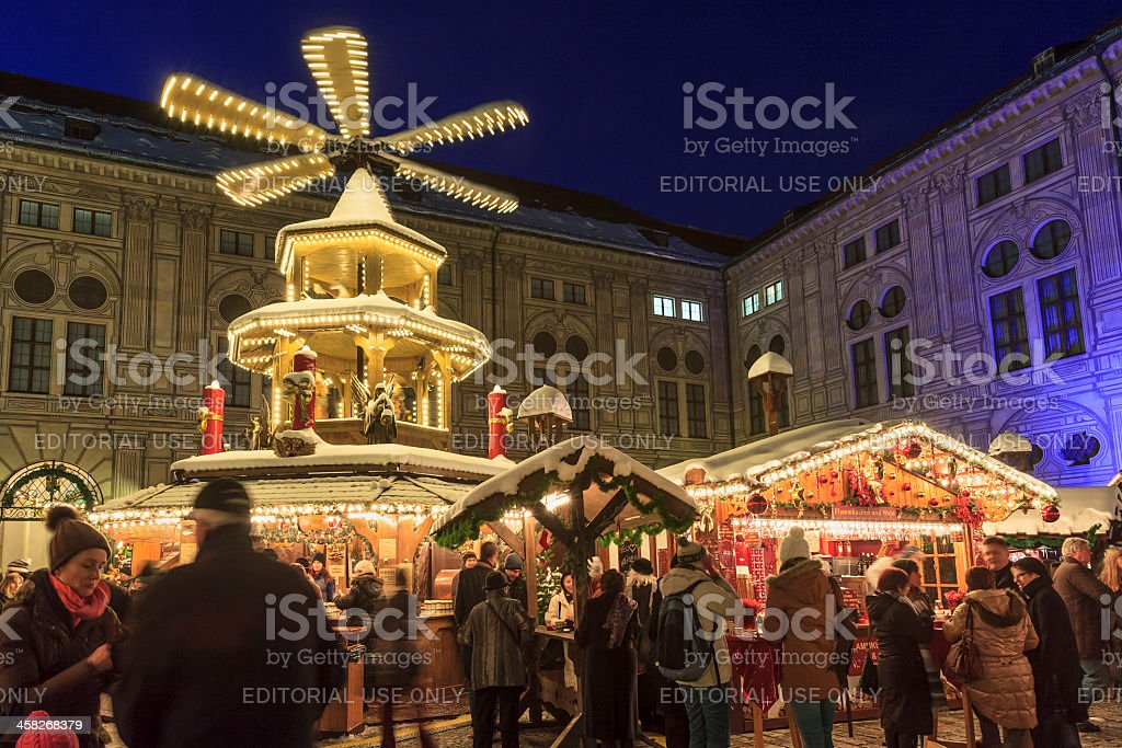 München Weihnachtsmarkt.Weihnachtsmarkt In Der Residenz München Stockfoto Und Mehr Bilder