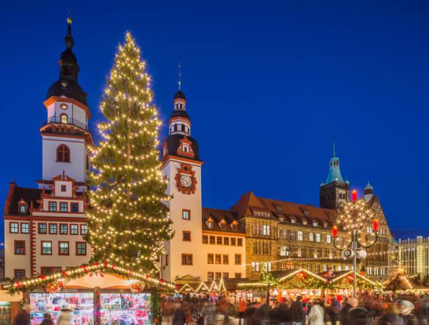 weihnachten markt chemnitz (sachsen) - adventgeschichte stock-fotos und bilder