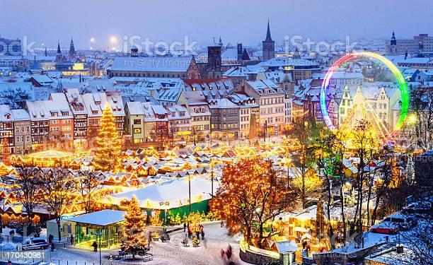 Christmas market erfurt picture id170430981?b=1&k=6&m=170430981&s=612x612&h=usqrnp p6n92luc4v7inmern3i3kbaqjzfozi7pyx7s=