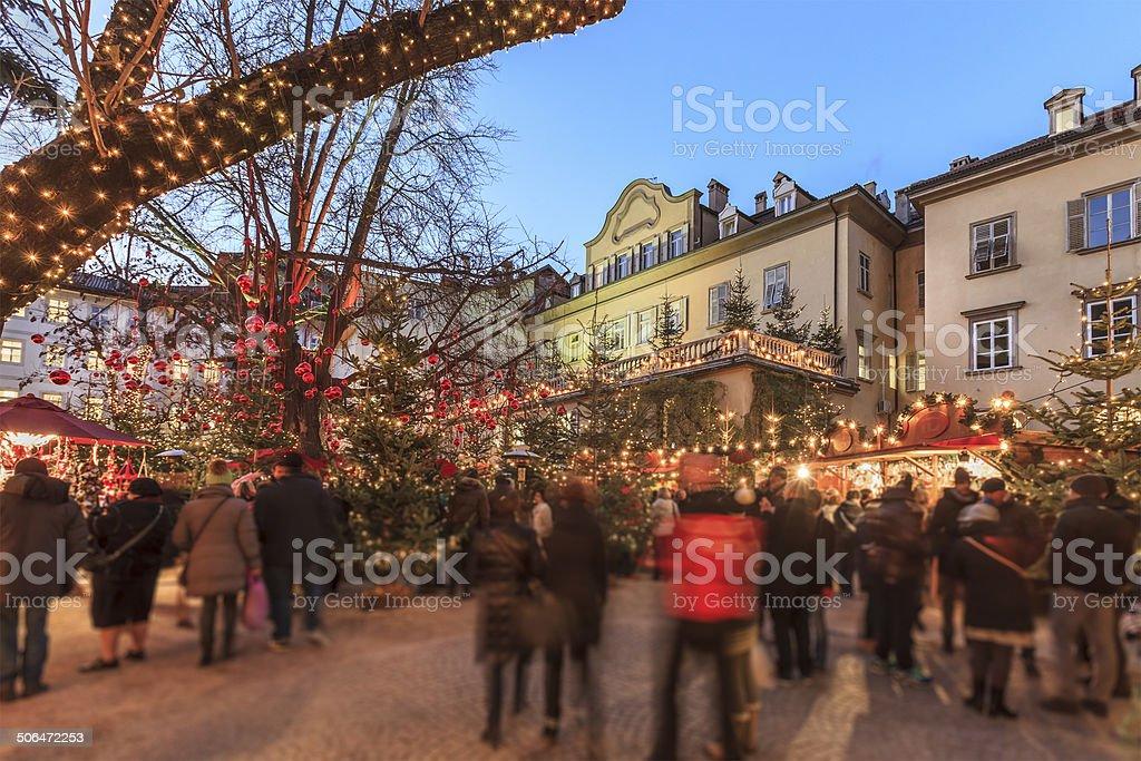 Weihnachtsmarkt in Bozen, Italien – Foto