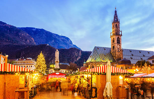 Christmas market in Bozen, South Tyrol Christmas Market in Bolzano/Bozen (South Tyrol) trentino alto adige stock pictures, royalty-free photos & images