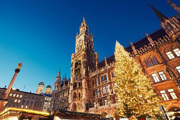 christmas market in munich - marienplatz bildbanksfoton och bilder