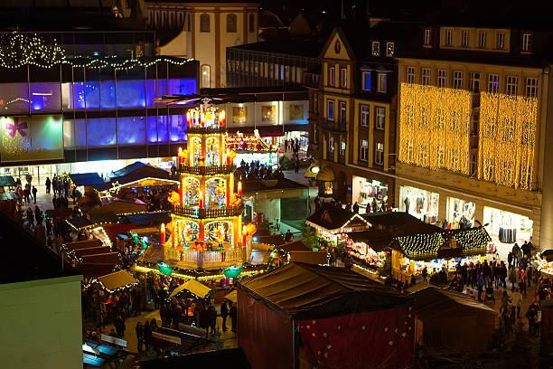 christmas market in nuremberg, germany - weihnachtsfeier münchen stock-fotos und bilder