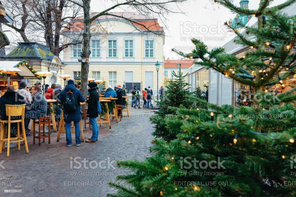 Kerstmarkt In De Buurt Van Paleis Charlottenburg In Winter Berlijn