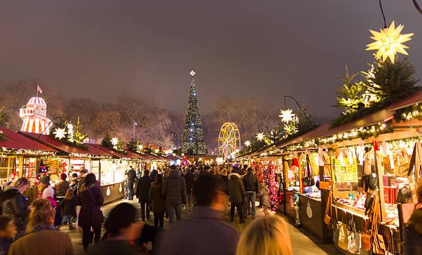 Christmas markt of the Hyde Park's winter WonderLand park, London – Foto