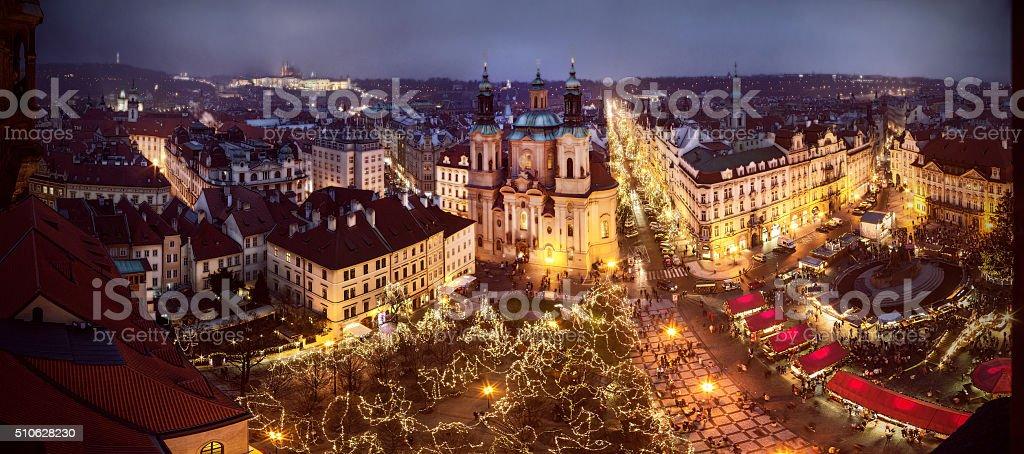 Weihnachten Stimmung auf der alten Stadt Eckig, Prag, Tschechische Republik – Foto