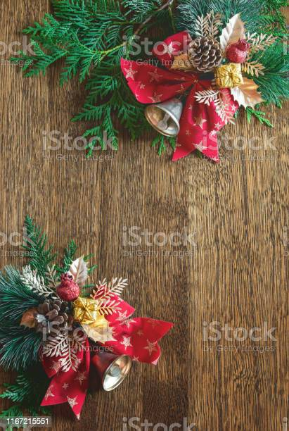 Christmas natural flat lay background with blank space for a greeting picture id1167215551?b=1&k=6&m=1167215551&s=612x612&h=vins4frrzjilzgxej3rhnvrliuzfzzjah q19viqvsa=