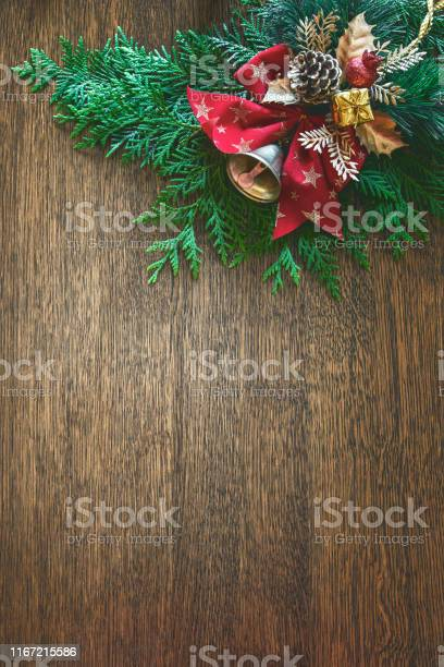 Christmas natural flat lay background with blank space for a greeting picture id1167215586?b=1&k=6&m=1167215586&s=612x612&h=5qhy1l7pm9rb43tvvkcdpniwnz kjlssfqzcvlhitka=