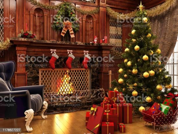 Weihnachten In Der Nähe Eines Schönen Kamins Und Viele Geschenke Stockfoto und mehr Bilder von Abenddämmerung