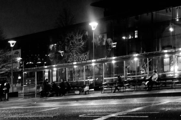 christmas night shot bristol. - mockup outdoor rain foto e immagini stock