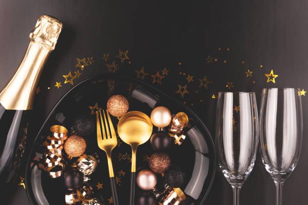 Weihnachten oder Neujahr Zusammensetzung. Abendessen-Arrangement. – Foto