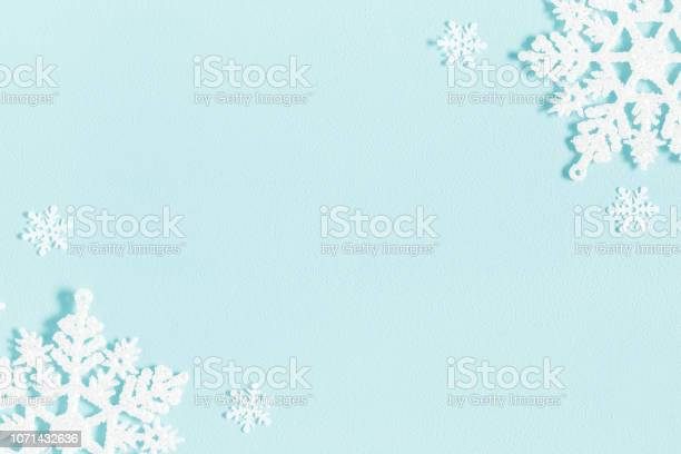Christmas or winter composition pattern made of snowflakes on pastel picture id1071432636?b=1&k=6&m=1071432636&s=612x612&h=ot2mwv xfkavsyvrsxl7ecs v6gnlq5zhk3ykillia8=