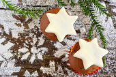Christmas cakes with a white stars