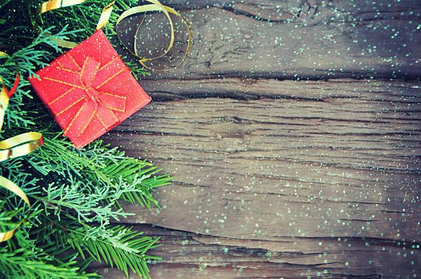 weihnachts geschenke  - gutschein weihnachten stock-fotos und bilder