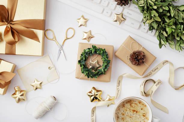 Weihnachtsgeschenke Verpackung – Foto
