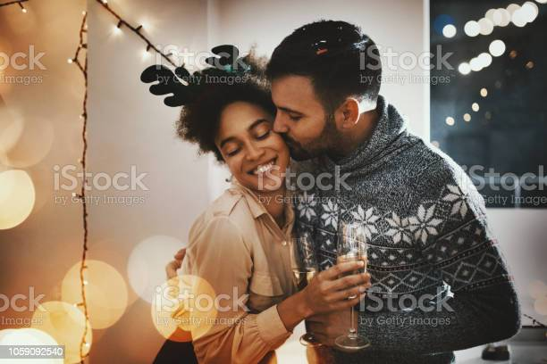 Christmas romance picture id1059092540?b=1&k=6&m=1059092540&s=612x612&h=ehywemibldo jvp5ovwicmbuvcfkgak hg g24zdus0=