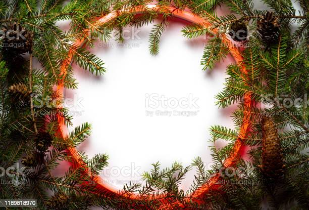 Christmas round frame made by neon and winter things on white picture id1189818970?b=1&k=6&m=1189818970&s=612x612&h=zwewqa6r5274jmbzehtszyzi iyw3 fucgvgkgicnwk=