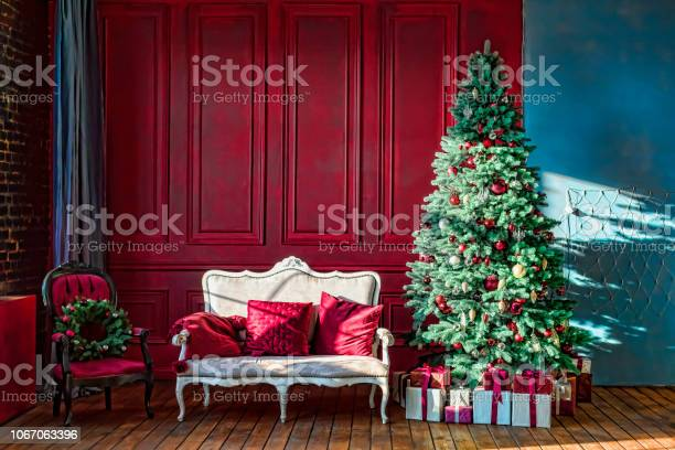 Christmas royal interior new year design holiday winter luxury decor picture id1067063396?b=1&k=6&m=1067063396&s=612x612&h=54vyugcstxzzerhosadl  ezlcjt vlr2ls6bfthow4=