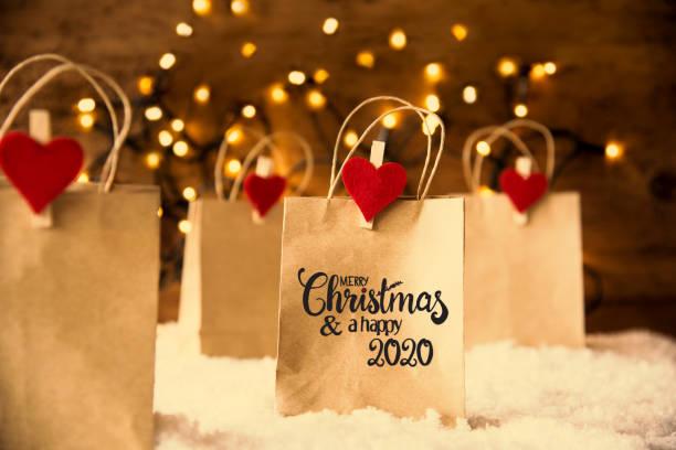 Weihnachts-Einkaufstasche, Schnee, Herz, Frohe Weihnachten und glücklich 2020 – Foto