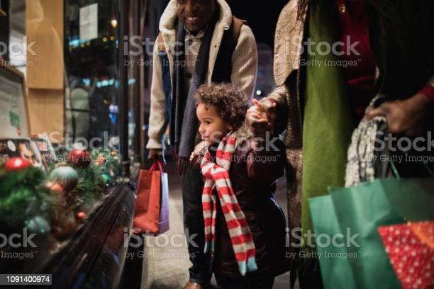 Christmas shopping with grandparents picture id1091400974?b=1&k=6&m=1091400974&s=612x612&h=kjw5pikq832 fodp6jpmnvq2eeyjl7lxwvrfkoi7usm=