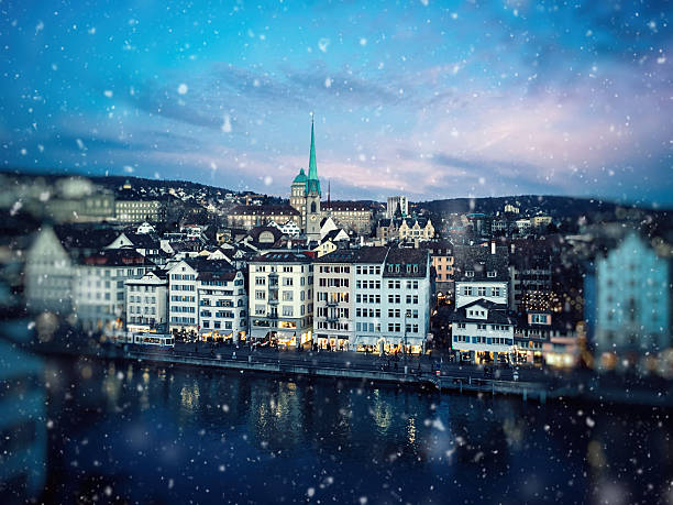 Christmas snow in Zurich, Switzerland Christmas snow in Zurich, Switzerland zurich stock pictures, royalty-free photos & images