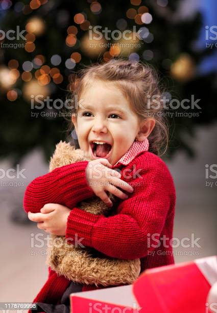 Christmas surprise picture id1178769998?b=1&k=6&m=1178769998&s=612x612&h=4y0lanst5muax7n6qrnvecqtu318w7oxcmhemoci7rc=