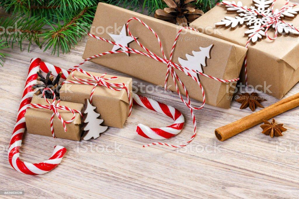 Traditionelle Weihnachtsgeschenke.Weihnachten Zeit Konzept Weihnachtsgeschenke Und Traditionellen