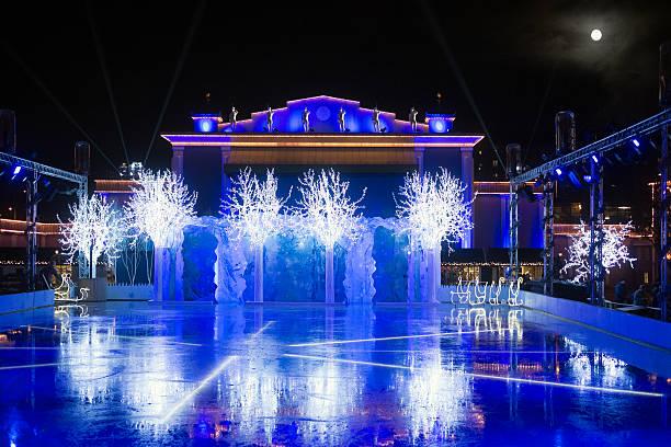 christmas time in gothenburg, sweden - liseberg bildbanksfoton och bilder