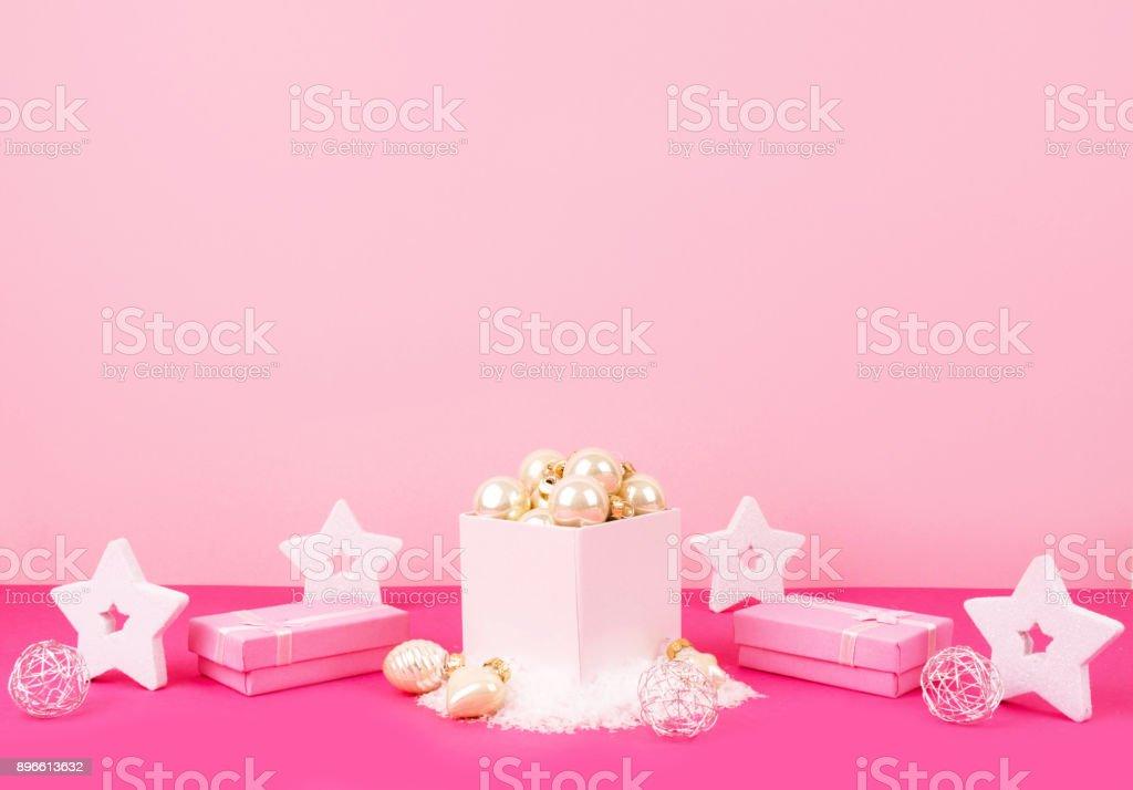Box Christbaumkugeln.Christbaumkugeln In Einer Rosa Box Mit Einem Platz Für Ihren Text