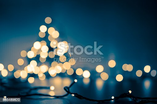 istock Christmas Tree - Defocused Decoration Gold Blue Bokeh 855489820