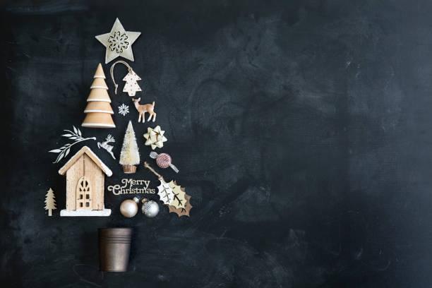 weihnachtsbaum flach zu legen - weihnachtsideen stock-fotos und bilder