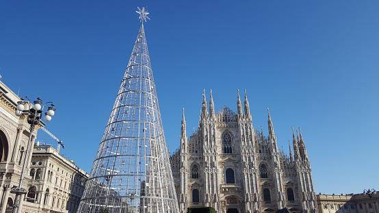 Christmas tree, Galleria Vittorio Emanuele II and Duomo Cathedral of Milan