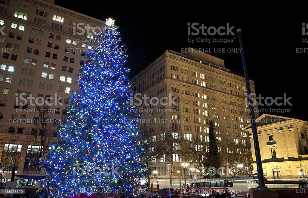 Portland Christmas Tree.Christmas Tree In Downtown Portland Oregon Stock Photo