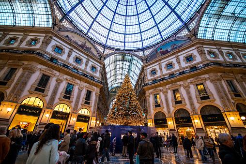 Christmas Tree in Galleria Vittorio Emanuele II, Milan