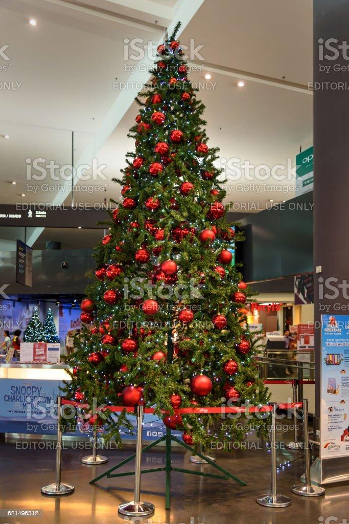 Christmas tree in Kuala Lumpur International Airport 2, KLIA2. Lizenzfreies stock-foto