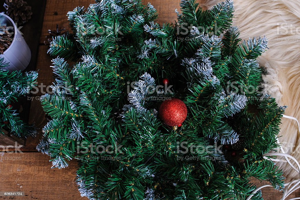 Christmas Tree In Studio Decoration Snow Stockfoto und mehr ...